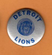 1950s OLD LOGO DETROIT LIONS STICK PINBACK BUTTON UNSOLD STORAGE STOCK