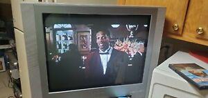 "Toshiba MW24FM1 24"" Stereo CRT TV/DVD/VCR Combo Video Gaming Retro Flat  Screen"