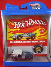 Mattel Hot Wheels 30 Year Anniversary Collectors Favorite Models Mutt Mobile