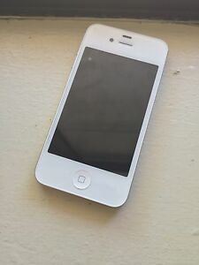 Apple iPhone 4s - 32GB - White (Unlocked) Smartphone