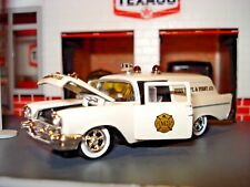 1957 CHEVROLET SEDAN DELIVERY 2 DOOR WAGON LIMITED EDITION 1/64 FIRE & RESCUE