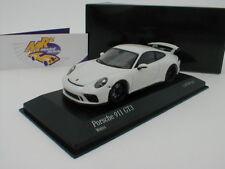"""Minichamps 410066025 - Porsche 911 GT3 (991) Baujahr 2017 """" weiss """" 1:43 504 pcs"""
