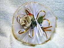 Bomboniera Comunione e matrimonio, ramo con rosa in porcellana di Capodimonte