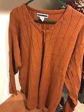Women's plus 2X Jennifer moore burnt orange button sweater very lightly worn