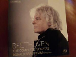 Beethoven: The Complete Sonatas, Ronald Brautigam  Aug-2014, 9 Discs, BIS