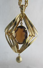 Moderne Goldtone Innertwined Ovals Amber Stone Dangling in Center Pendant&Chain
