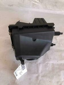 MAZDA TRIBUTE 01 02 03 04 2001 2002 2003 2004 Air Cleaner Box Assembly OEM