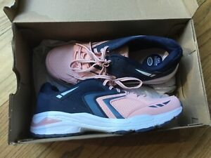 New Balance 8.5 W Athletic Running Sneakers Blue pink