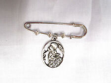 "2"" SAFETY PIN BROOCH w OVAL SHAPE HOWLING WOLF FULL MOON PEWTER DANGLING CHARM"