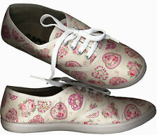 NWOB♥TINY FLORAL & HEARTS PRINTED♥CREAMY WHITE♥SNEAKERS_POLY COTTON_S37/ 38