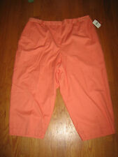 24W  NWT  BLOOMINGDALE's ORANGE TANG 100% COTTON FLAT FRONT CAPRIS