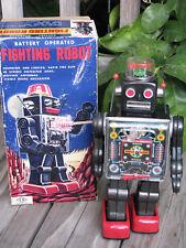 "HORIKAWA ~ 1962 Fighting Robot 11"" Tin B/O Tin Space Toy w/ Box JAPAN ~ RARE"