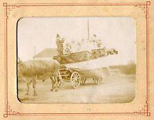 photo ancienne . Verdun-sur-le-Doubs . Cavalcade 1900 . char à décor d'un violon