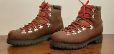 VINTAGE Men 9 Timberland Waterproof Hiking Boots Mountaineering Vibram montagna
