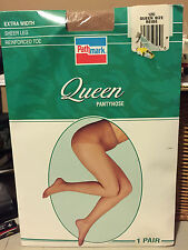 Wow! Vintage Pathmark Queen nude - beige pantyhose