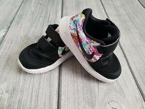 ❤️NIKE black Go Fast girls wide feet trainers shoes size 5.5 Infant EU 22