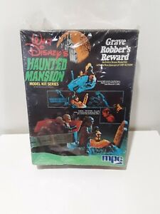 Disney Haunted Mansion Model kit MPC 1974 Grave Robber's Reward UNUSED COMPLETE