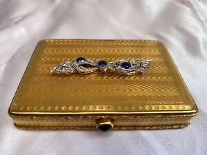 MAGNIFICENT FRENCH ART DECO 18K GOLD PLATINUM DIAMOND SAPPHIRE PILL COMPACT BOX