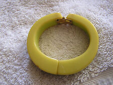 Beautiful Vintage Green Bakelite Bracelet Hinged