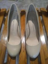 Womens high heels shoes size 8