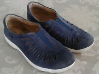 Comfortiva Blue Tinsley Size 7 N Leather Casual Women's Sport Shoes Slip-On