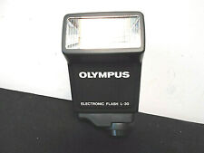 Olympus Electronic flash L-30,  AZ-4 zoom