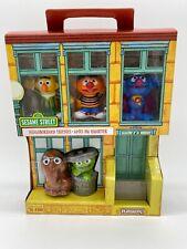 "Sesame Street Neighborhood Friends Includes 5 Figures, 3"", Classic Collectibles"
