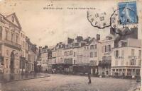 CPA 60 BRETEUIL PLACE DE L'HOTEL DE VILLE