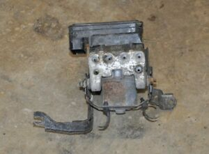 2002 Acura RSX Type S ABS Pump Anti Lock Brake Module Pump