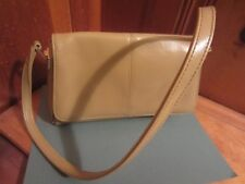 Liz Claibourne Handbag Purse Soft Beige Tan Vinyl Pocketbook 2 Zippered Pockets
