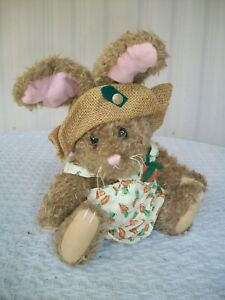 """Brass Button Collectibles (Pickford) ~ Flora-Hare Of Serenity ~ 11"""" Tall"""
