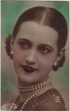 CPA - Portrait de femme des années 20.