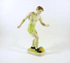 HollÓH�Za, Sport Soccer Football Player Green, Handpainted Porcelain Figurine !
