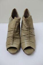 BCBG 8B Beige Leather Platform Peep Toe Heel Booties *