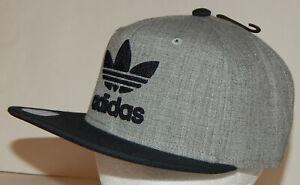 Adidas Men's Originals Trefoil Chain Snapback Hat / Cap Flatbill Grey / Black