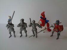 Plastoy Jousting Knight on Horseback + 3 Standing Knights