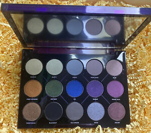 Urban Decay Eyeshadow Palette Distortion As Seen On Pictures