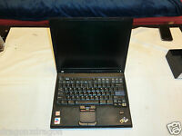 "IBM Thinkpad T43 2668 14,1"" Notebook, 40GB HDD, fährt hoch - ohne OS / defekt?"