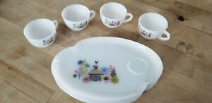 Vintage Federal Milk Glass school house rooster Snack Plate Tea Cup Set of 4