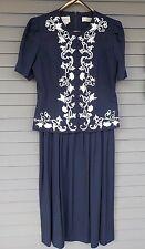 Karin Stevens Dress Blouse Navy Blue White Embroidery Size 14 Midi  Pleated