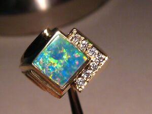 Brilliant  Men's  Opal and  Diamond  ring  14 k  Yellow Gold