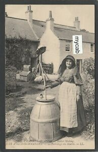 Postcard Channel Islands Butter Making ILES ANGLO NORMANDES Beurre Levy LL 211