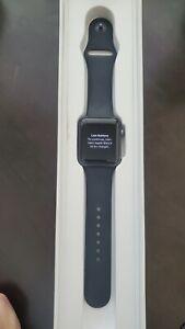 Apple Watch Series 3 42mm  *iCloud*