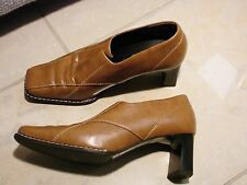 Paul Green == Schuhe Pumps  Gr. 35,5  Handmade Braun