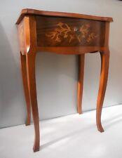 Table style Louis XV marqueterie chevet console ou autre