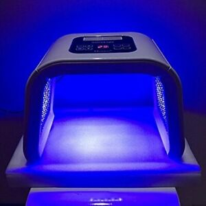 PDT LED LIGHT THERAPY PROFESSION FACE SKIN CARE BEAUTY MACHINE
