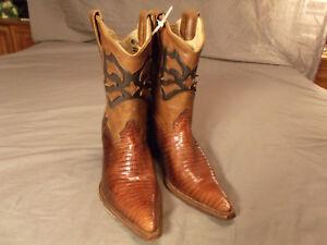 RARE Corral Women's Chocolate Vintage Lizard Inlay Pointy Toe Short Boot sz 6.5M