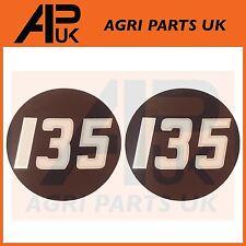 2 X Massey Ferguson 135 Tractor lado Bonnet Insignia Medallón Emblema Decal Sticker