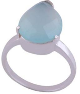 925 Sterling Silver 5.8 grams w/ Chalcedony Blue Fancy Cut Statement Ring Size 6