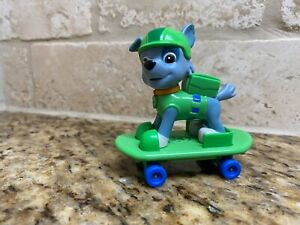 paw patrol Rocky Snow Rescue W/Skateboard Paw Figure HTF used